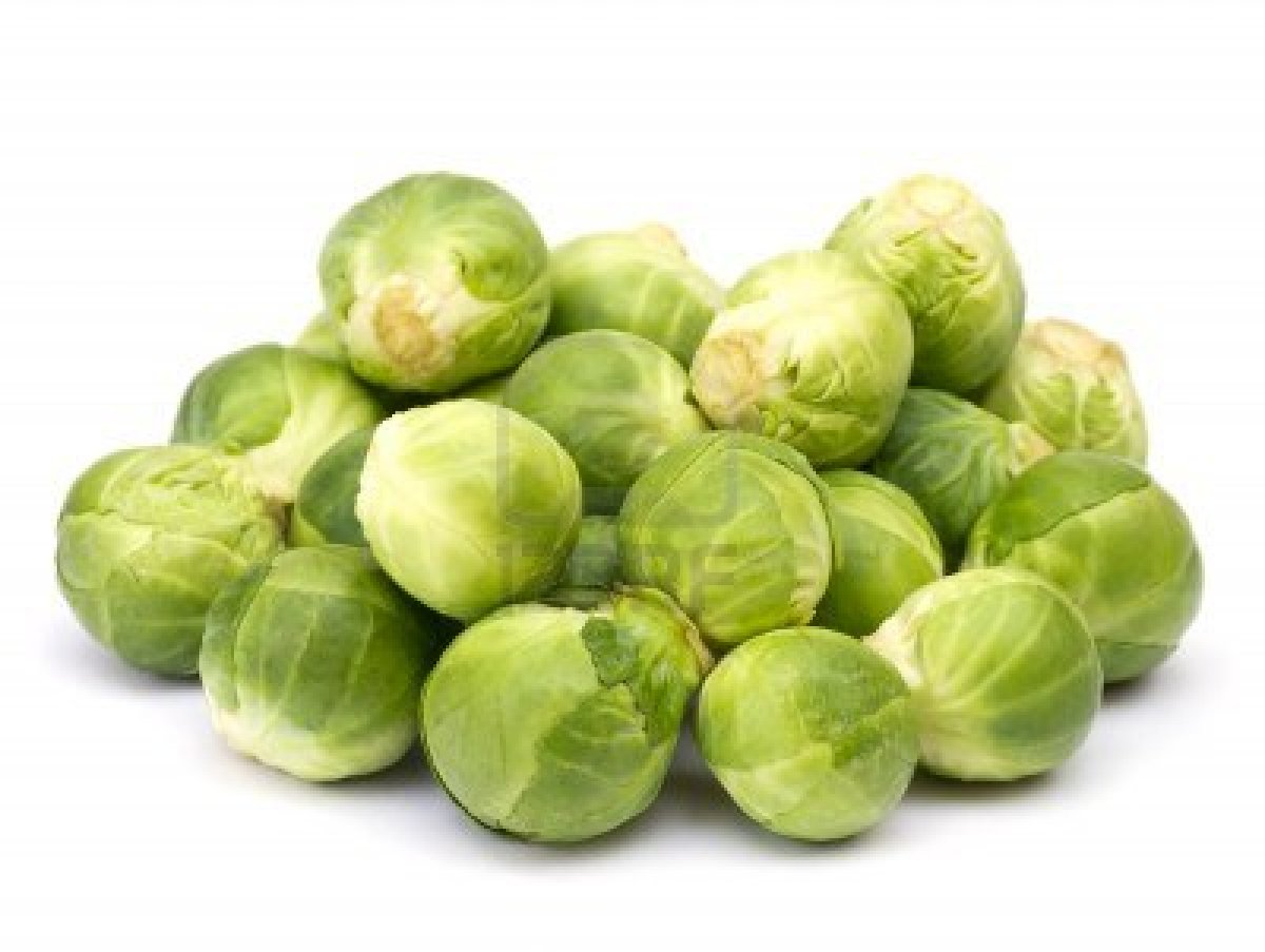 ... .com/2013/01/12065713-brussels-sprouts-pile-on-white-background.jpg